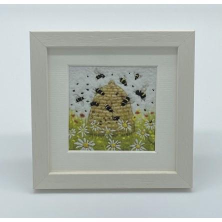 Bees buzzing - Felt Art Mini Print